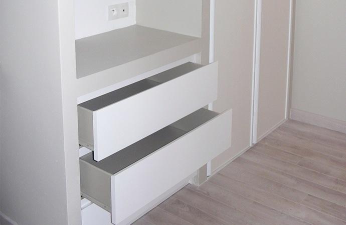 sur mesure mobilier int gr biblioth que. Black Bedroom Furniture Sets. Home Design Ideas